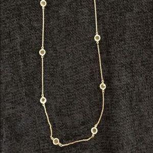 Banana Republic: Diamond necklace